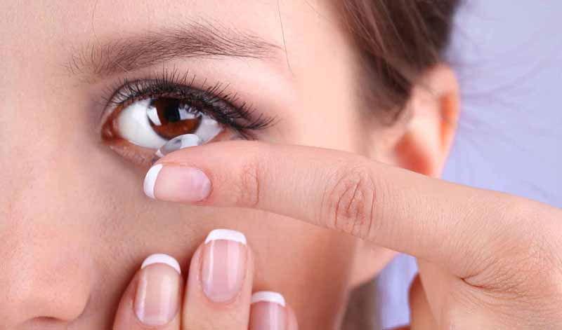 Kontakt Lens Kullanırken Dikkat Edilmesi Gerekenler