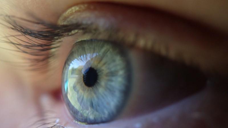 Neden Kontakt Lens Tercih Etmeliyiz ?